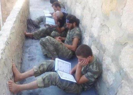 Baca qur,an tentara