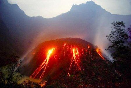 erupsi kelud 15 jam yg lalu