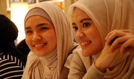 Jilbab berdua