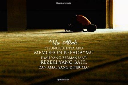 Sujud dan berdoa