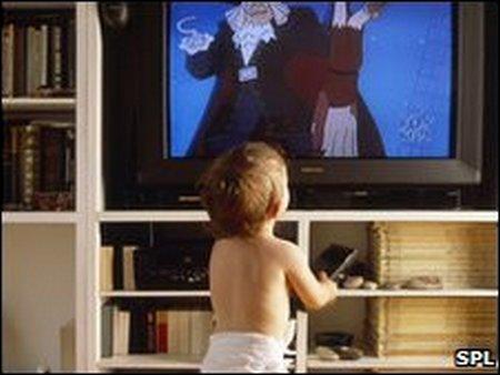 Bayi nonton TV 1