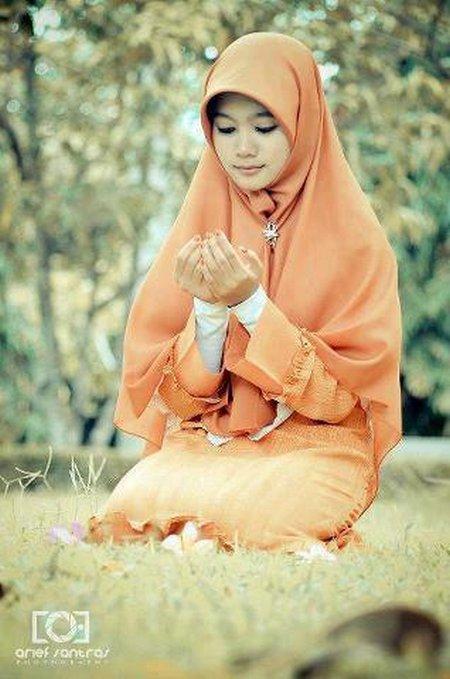 Berdoa 8