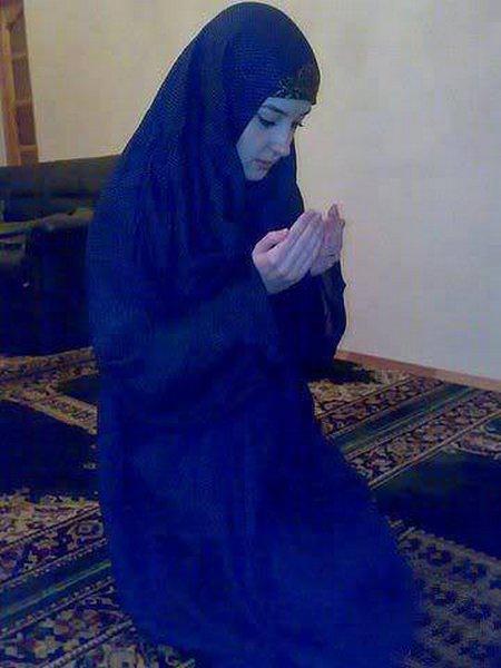 Berdoa biru