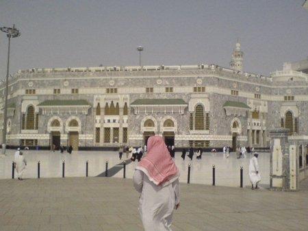 Jalan ke-masjid mekkah