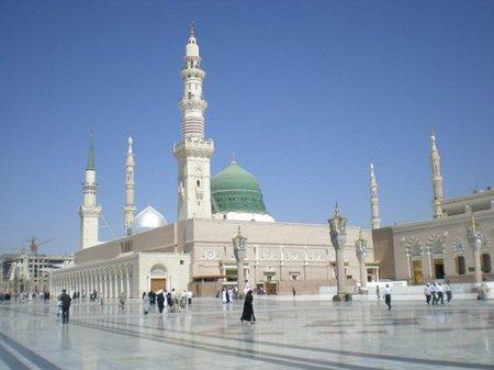 Jalan ke masjid-nabawi