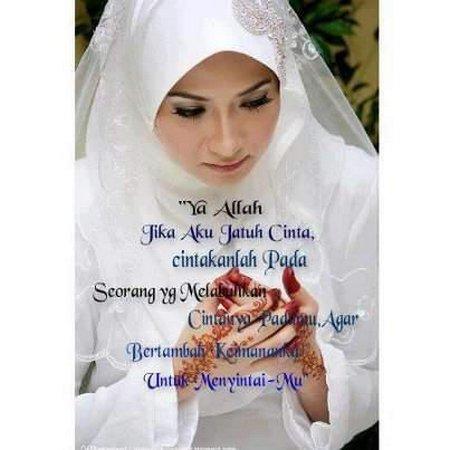 Berdoa jatuh cinta