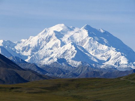 Everest gunung salju