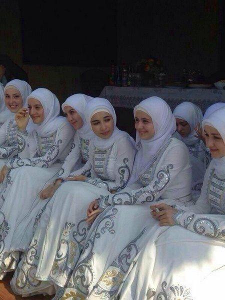 Jilbab banyakan
