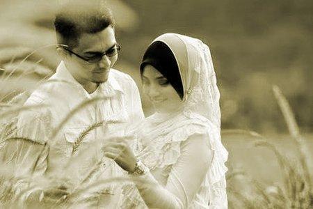 suami istri mesra