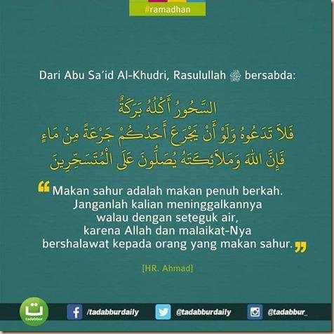 Sahur makan tadabur